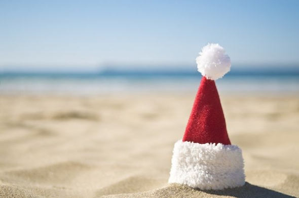 Draft_lens2278636module63524832photo_1255747258santa-hat-beach600